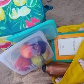 Αλλάζουμε τις συνήθειες μας και προστατεύουμε το περιβάλλον Δεν χρειαζόμαστε πλαστικά μιας χρήσης στην παραλίαWww.Cookworld.gr . . . . . . . .#cookworldgr #monbento #stasherbags #reusablebottles #bookstoread